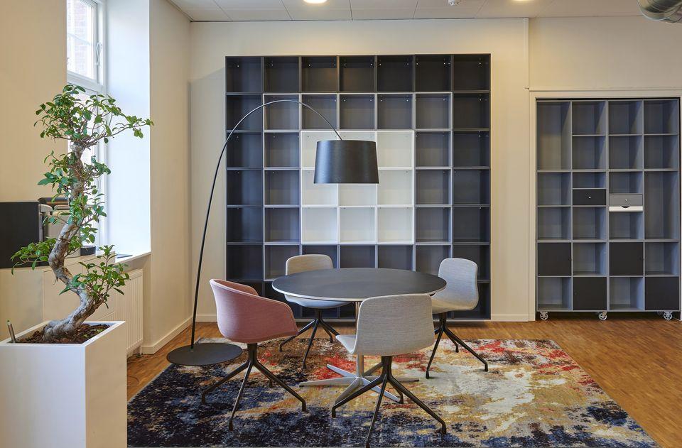 No empieces a decorar tu casa por el tejado: empieza por la alfombra