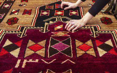 Errores que no cometer al limpiar una alfombra
