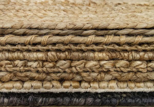 épaisseurs de tapis de jute