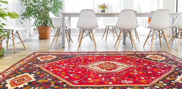 Alfombras persas para decorar espacios modernos y eclécticos
