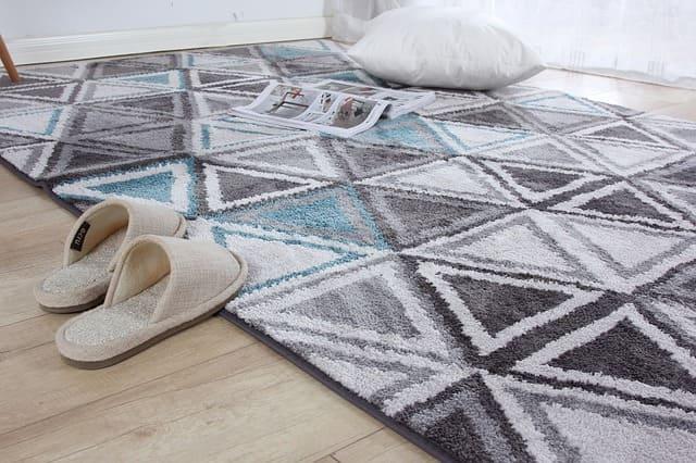 alfombra decorando el hogar