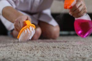 productos de limpieza para alfombras