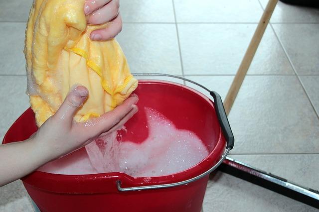 lavar tu alfombra a mano
